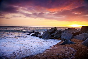 View Shoreham Beach Photos >>