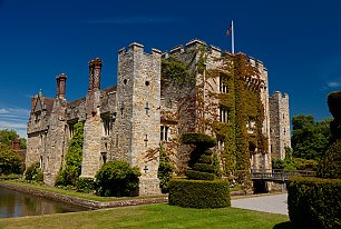 View Hever Castle Photos >>