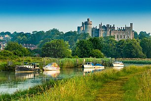 View Arundel Castle Photos >>
